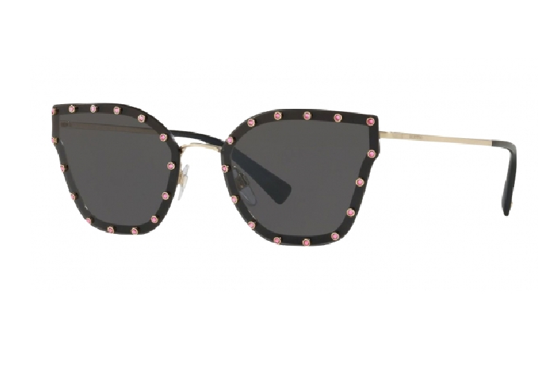 5) Valentino occhiali da sole a farfalla con borchie